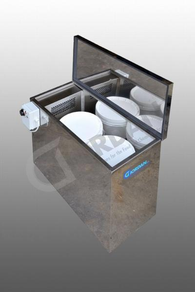 HEATING CABINET. ENTIRELY MADE IN STAINLESS STEEL. ELECTRIC HOT AIR HEATING CABINET FOR 2 BUCKETS.