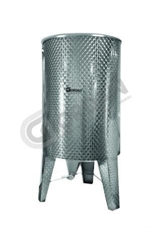 TANK. Stainless steel tank 1500 kg capacity. With centralvalve at the base. Engine turned exterior. Supplied with lid