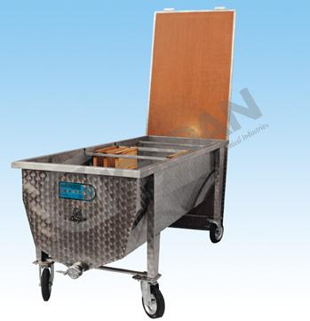 UBCAPPING TABLE PROFERSSIONAL 2 MT LONG WITH WHEELS