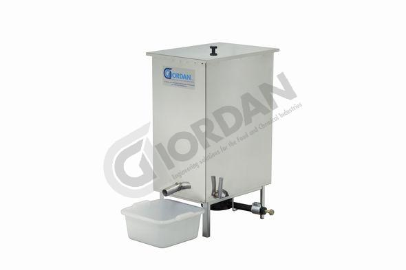 WAX MELTER. Steam wax melter in stainless steel. With gas burner