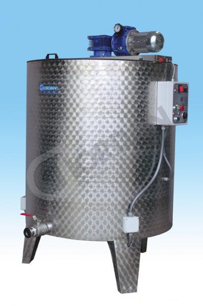 STAINLESS STEEL MIXER. 2000 KG CAPACITY